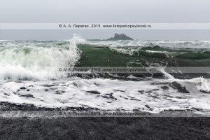 Полуостров Камчатка, Тихий океан, Халактырский пляж