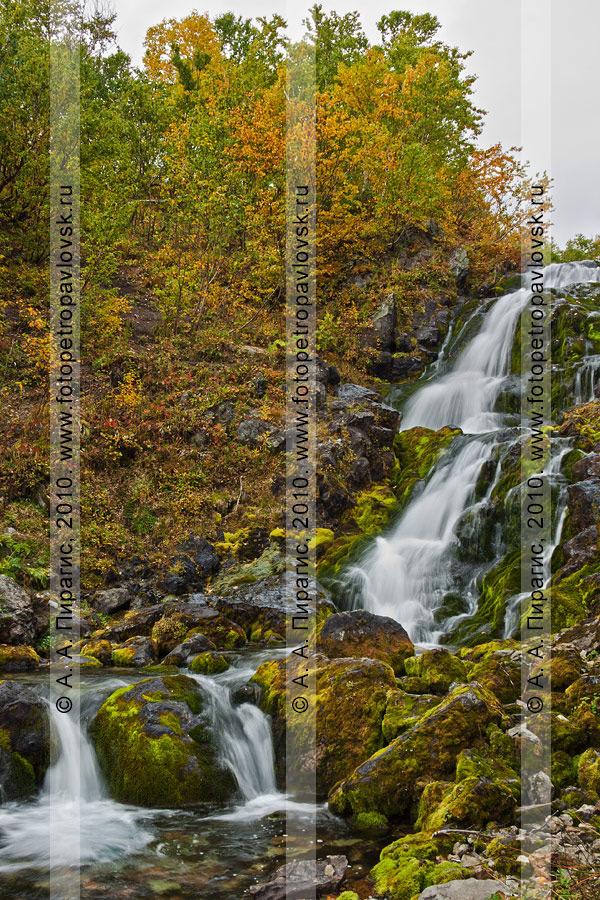 Каскады реки Ключевой, горный массив Вачкажец